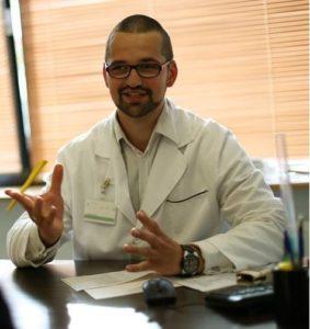 vaisingumo centras - gydytojas refleksoterapija vaisingumas